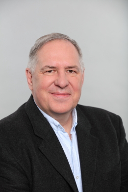 Dr. Jens Wilhelms